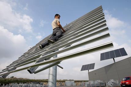 lohnt sich photovoltaik k nftig noch ob die pv subventioniert wird und in welcher h he ist. Black Bedroom Furniture Sets. Home Design Ideas
