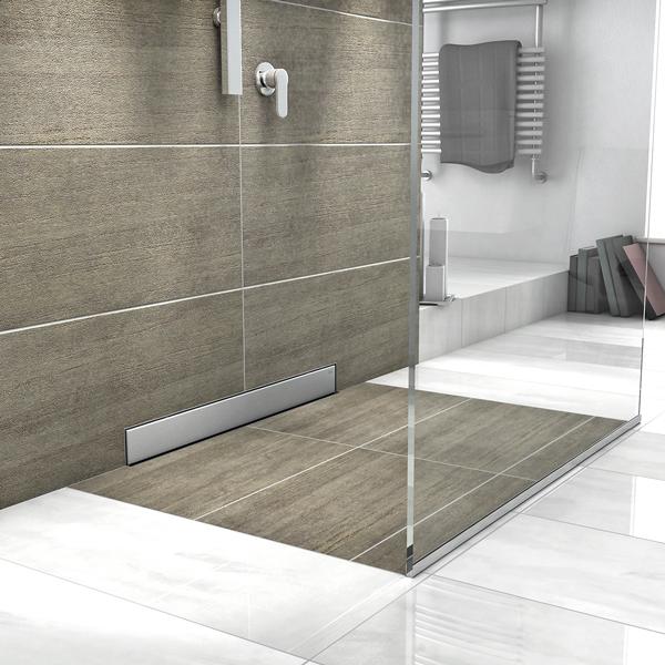 Wasserablauf Dusche zwischen klaren linien und markanten punkten designs