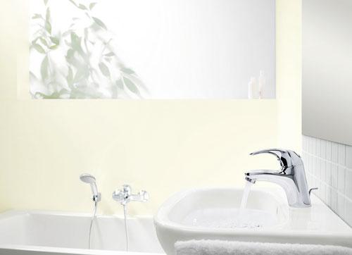 von xxs bis xxl badarmaturen vom g stewaschbecken bis zur wellnessgro dusche ikz. Black Bedroom Furniture Sets. Home Design Ideas