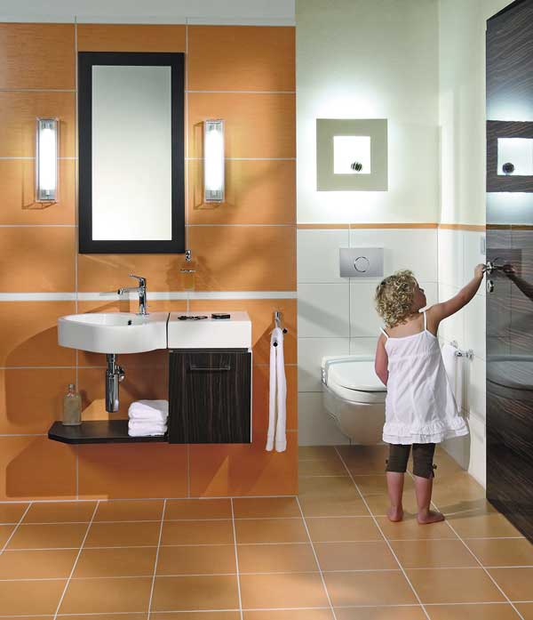 In Kleinen Bädern Oder Gäste WCs Genügen Häufig Wandleuchten Für Die  Beleuchtung.