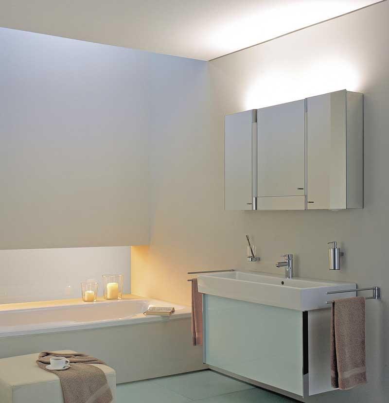 licht sorgt f r stimmung gute badbeleuchtung verbindet. Black Bedroom Furniture Sets. Home Design Ideas