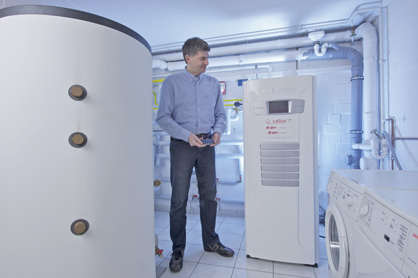 w rmewende im heizungskeller brennstoffzellen f r die hausenergieversorgung werden salonf hig. Black Bedroom Furniture Sets. Home Design Ideas