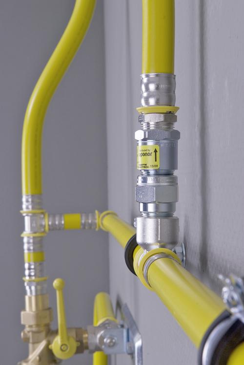 gelb f r gas markt bersicht rohrsysteme und. Black Bedroom Furniture Sets. Home Design Ideas