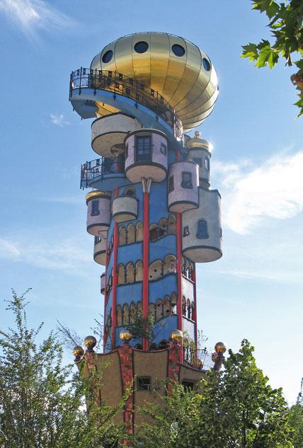 Hundertwasser architektur im bayerischen abensberg for Hundertwasser architektur